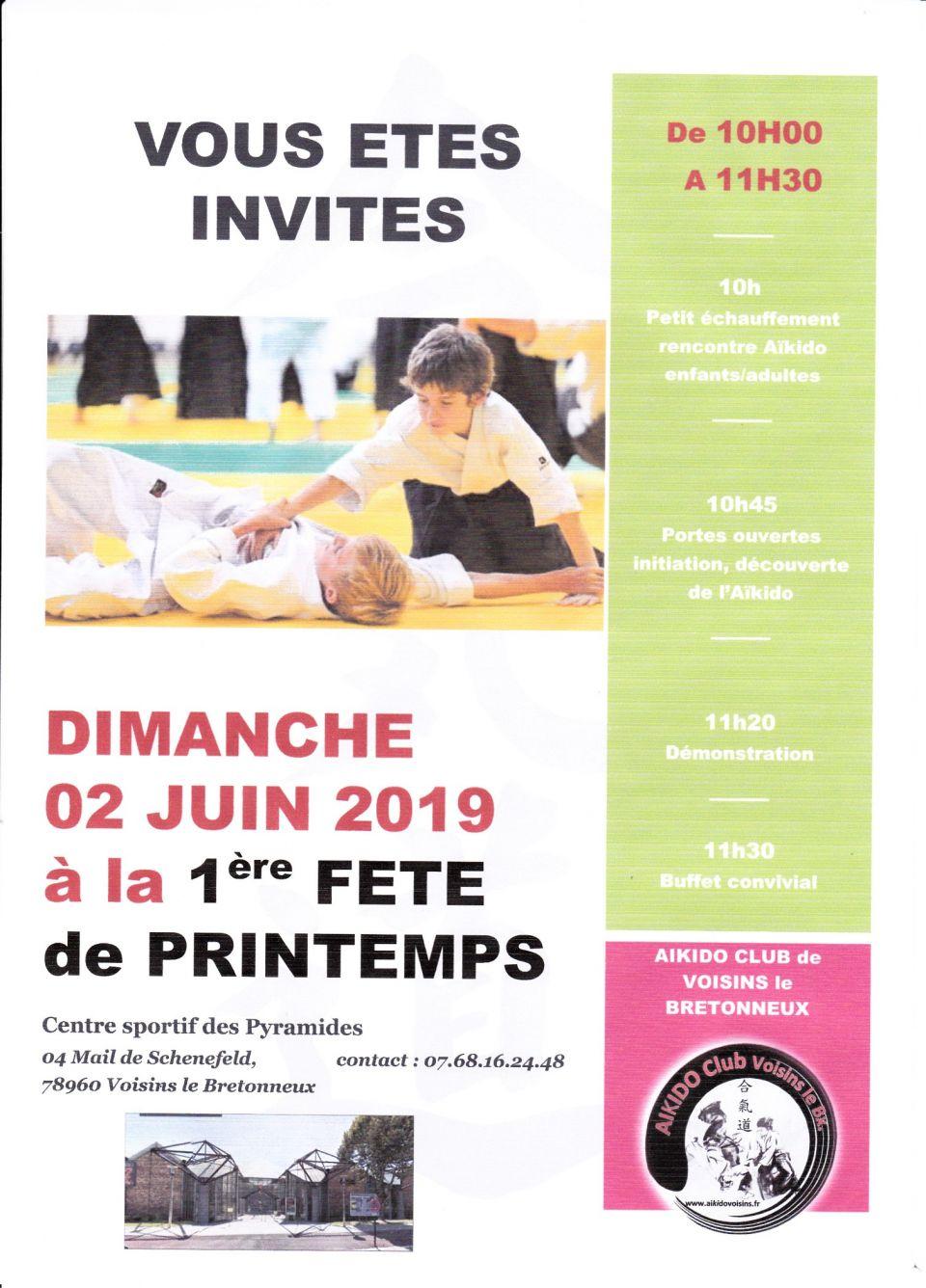 Facebook: Aïkido Club de Voisins le Bretonneux - site : http://www.aikidovoisins.fr/